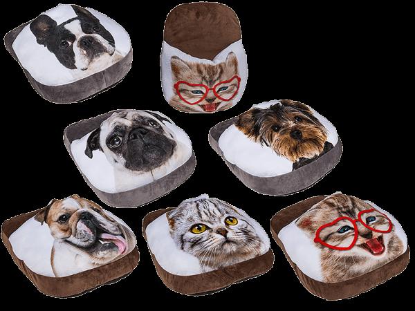 Fußwärmer Dogs & Cats sortierte Motive ca. 40 cm